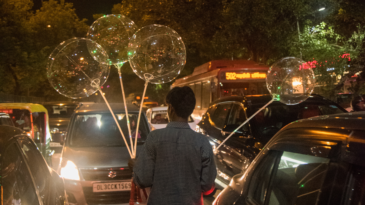 How Flashy LED Balloons Travel From Chinese Factories To Indian Street Vendors : Goats and Soda