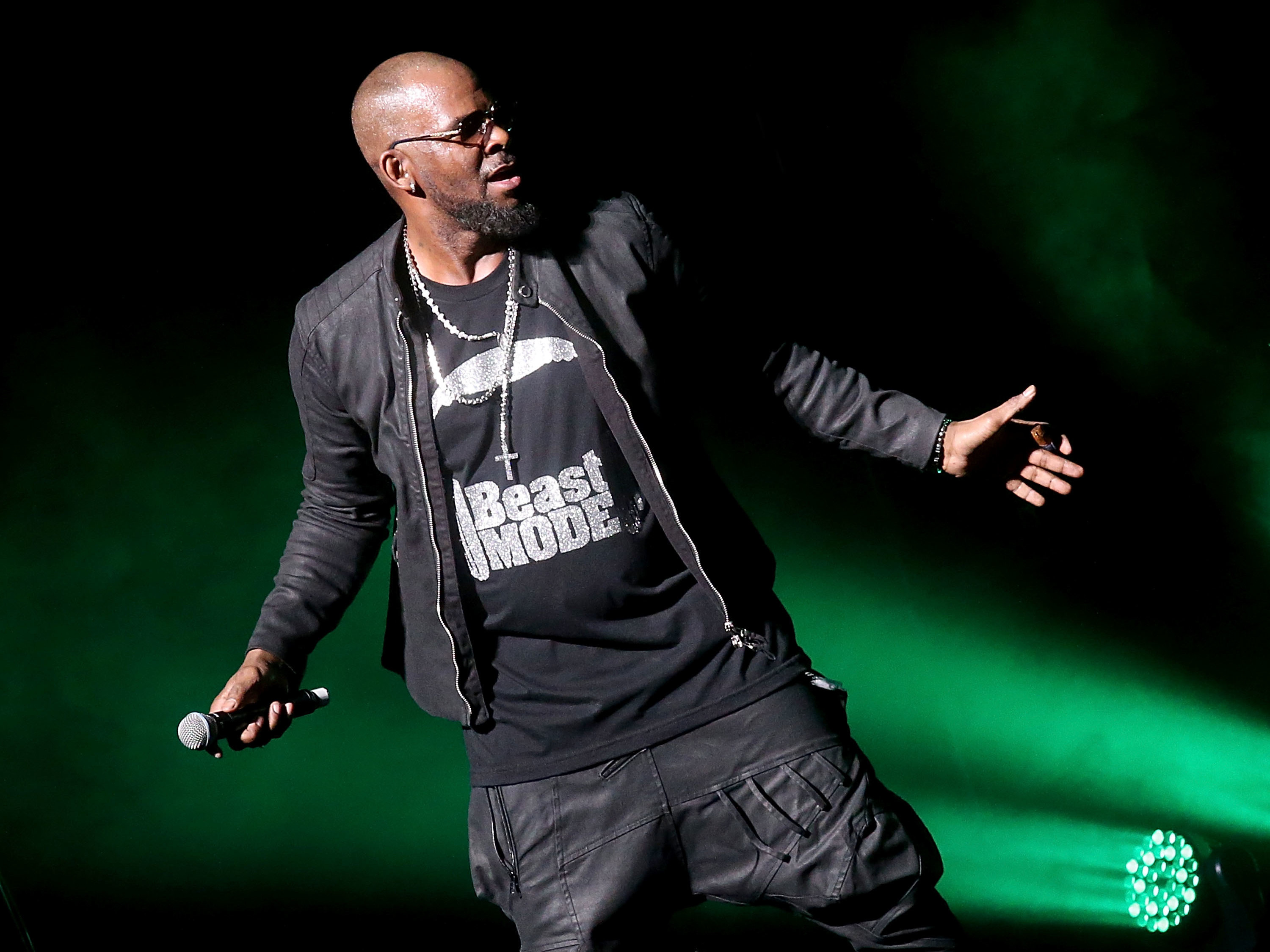 The Allegations Against R Kelly An Abridged History
