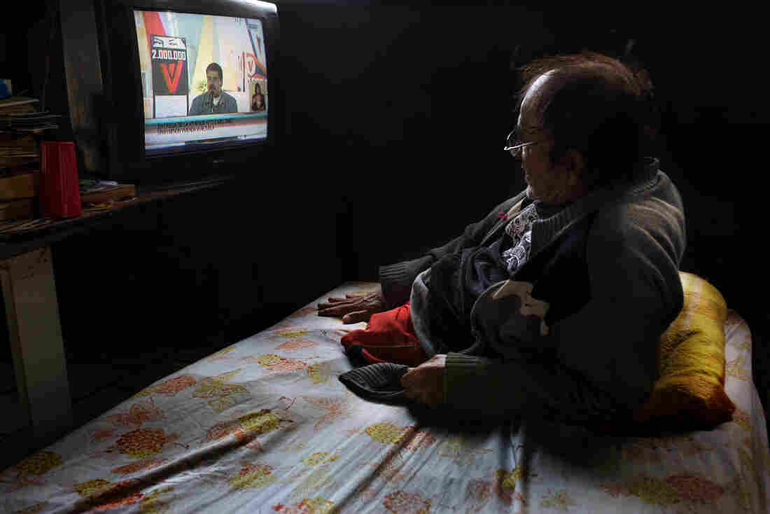 Juan Guaidó: Venezuela's opposition leader 'detained'