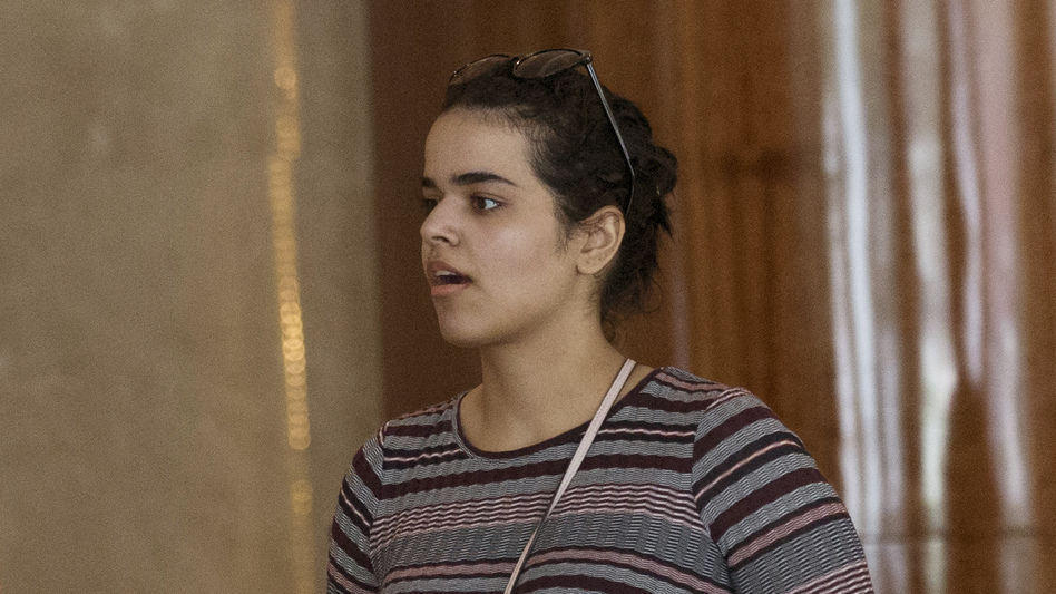 Rahaf Mohammed Alqunun is said to have boarded a plane Friday in Bangkok en route to Canada, where she has been granted asylum. (Sakchai Lalit/AP)