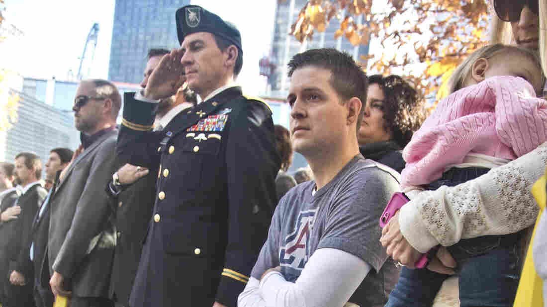 Triple-Amputee Veteran Says He Will Refund GoFundMe Wall Donations