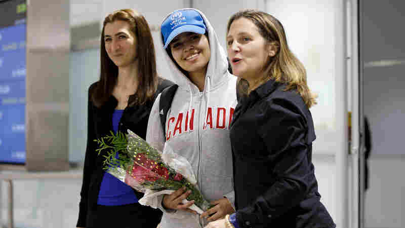 Young Woman Who Fled Saudi Arabia Arrives In Canada As Refugee