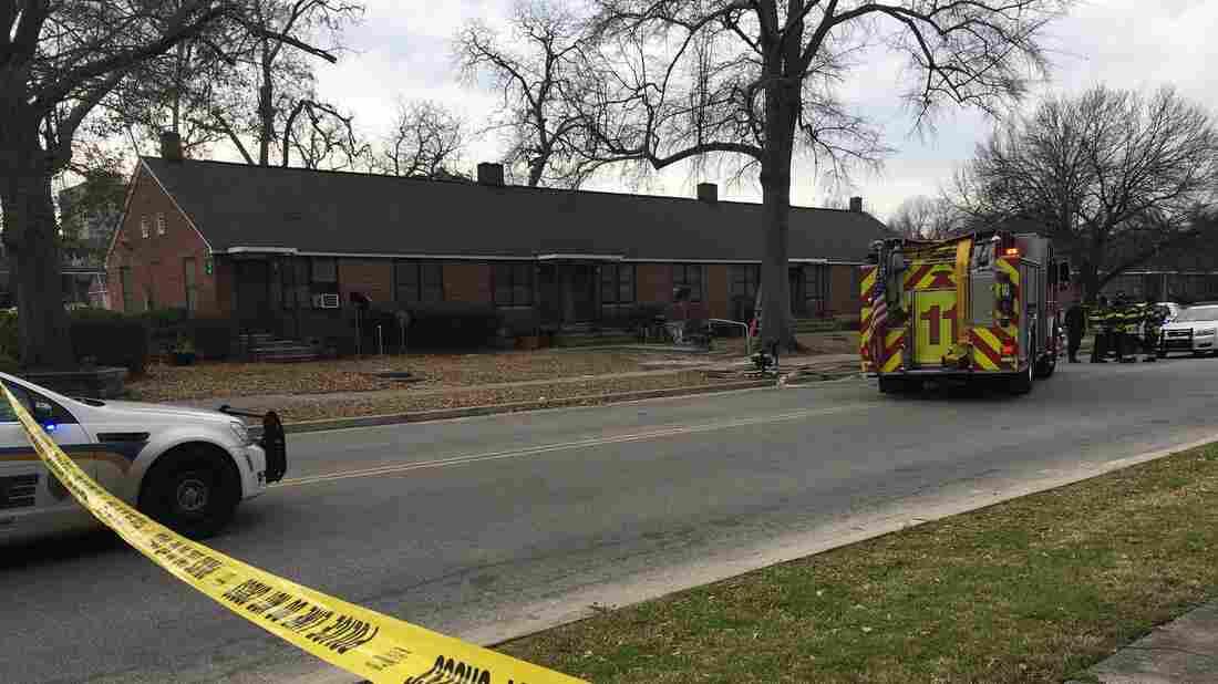 2 People Dead In S C  Public Housing Complex, 411 Evacuated