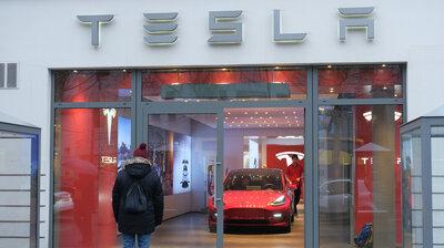 Tesla : NPR