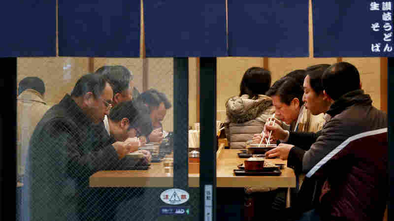 Tokyo's Metro Is Betting Free Soba Noodles Can Help Ease Congestion