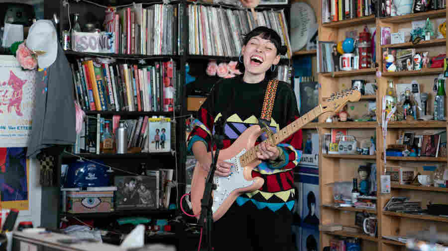 Stella Donnelly: Tiny Desk Concert