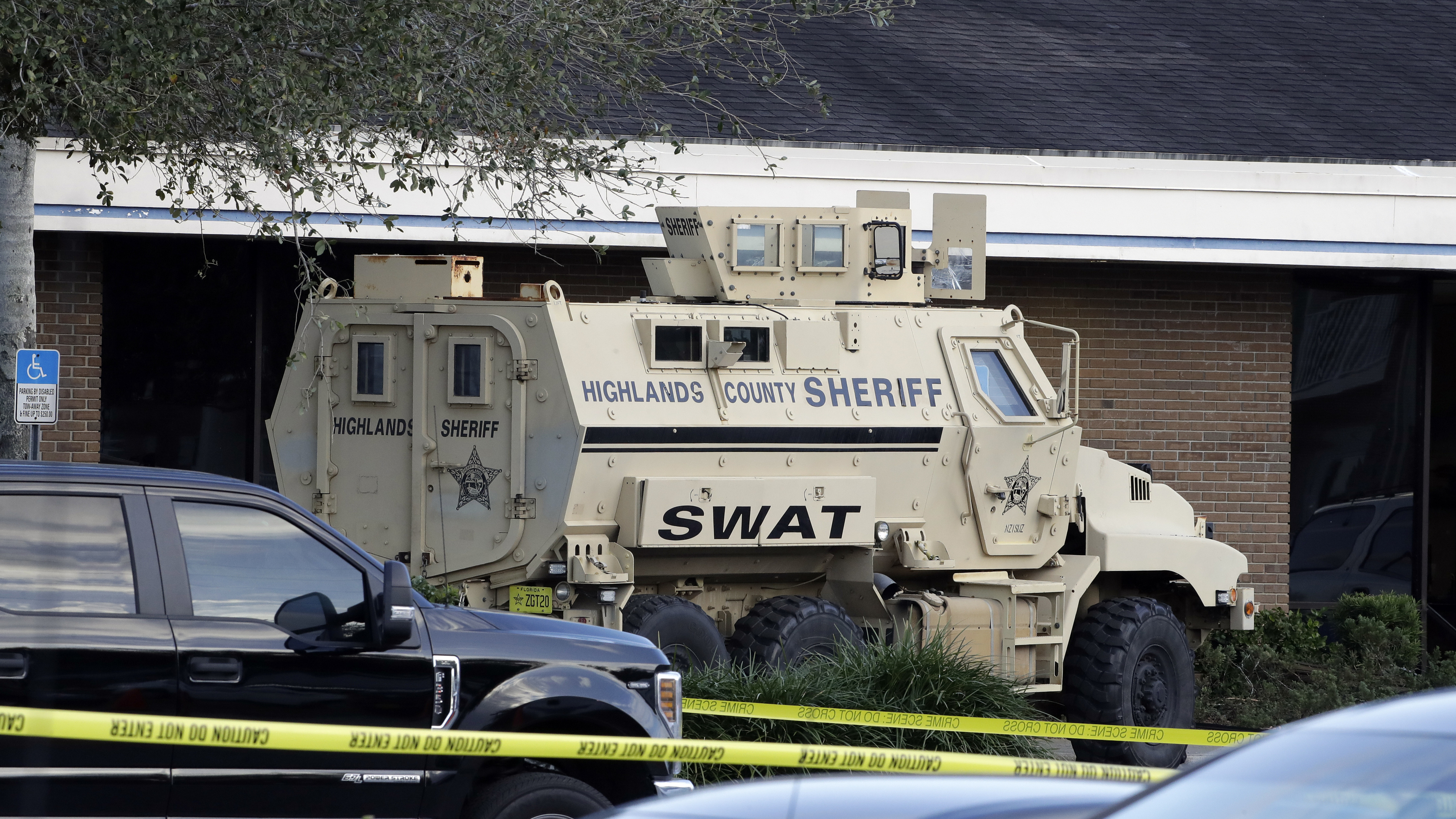 At Least 5 Dead In Shooting At Central Florida Bank; Suspect In Custody