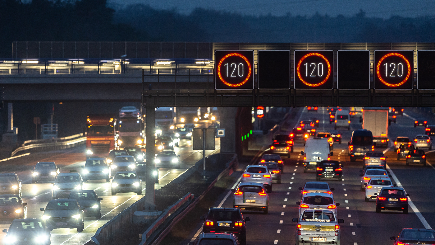 A Speed Limit On Germany\'s Autobahns: \'Like Talking Gun ...