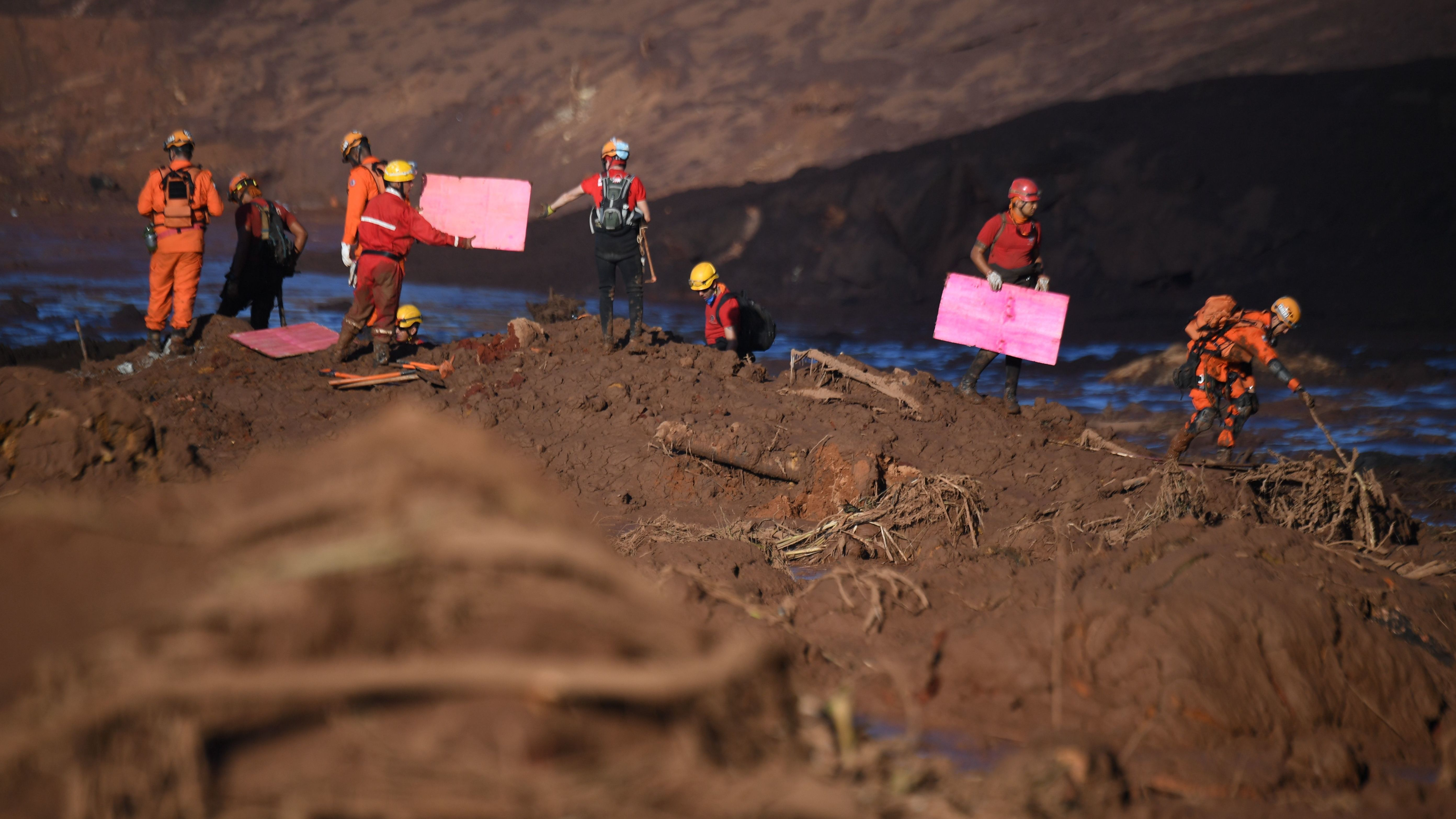Death toll rises to 58 after Brazil dam collapses