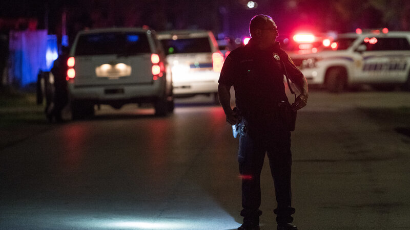 4 Houston Police Officers Shot, Another Injured In Drug Raid : NPR