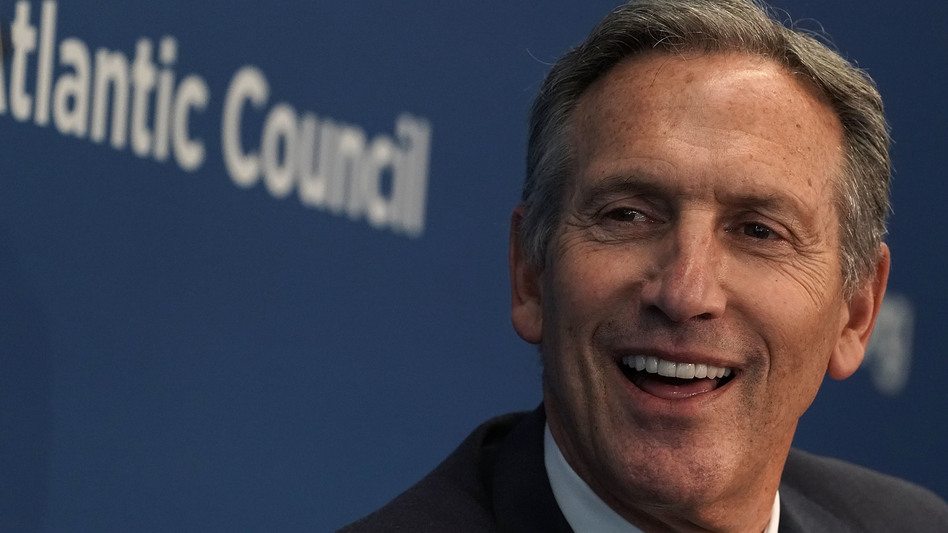 Former Starbucks CEO Howard Schultz participates in a discussion at the Atlantic Council in May 2018. (Alex Wong/Getty Images)