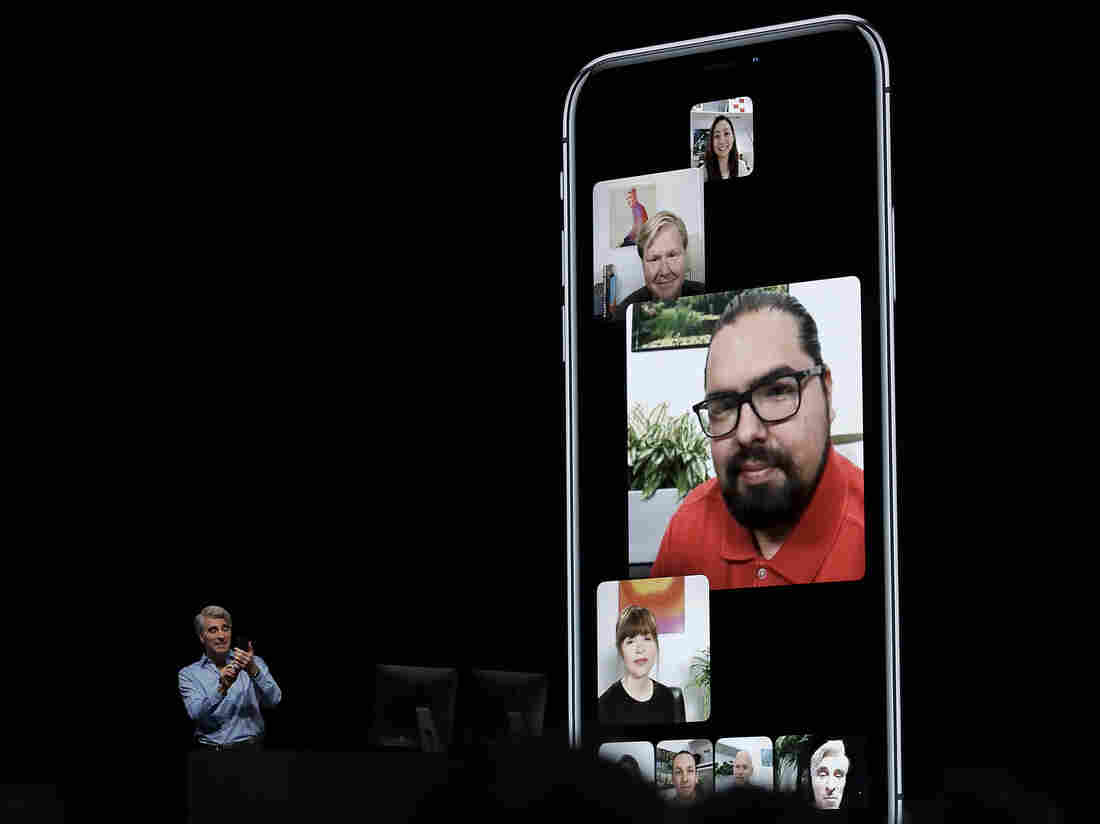 Terrifying FaceTime bug lets you spy on the person you're calling