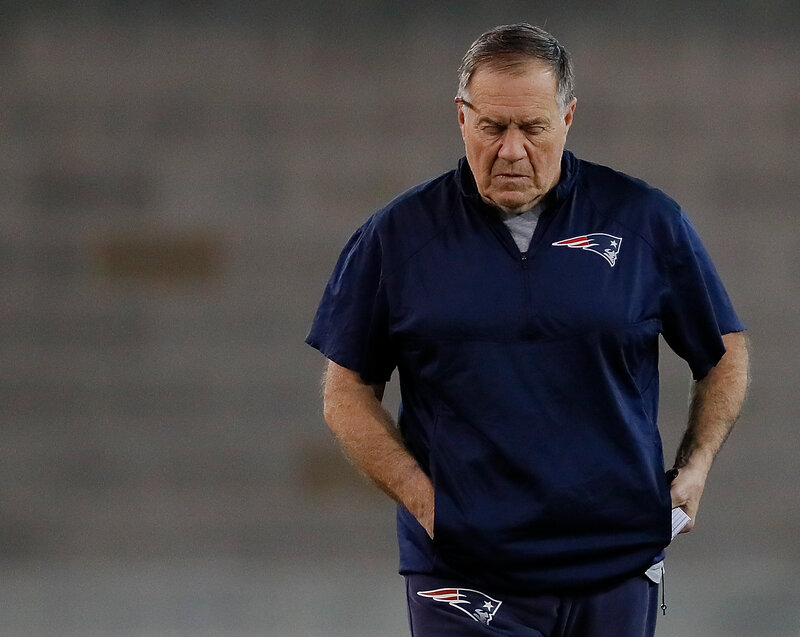 6e0baf383 New England Patriots head coach Bill Belichick walks the field during Super  Bowl practice on Feb. 1