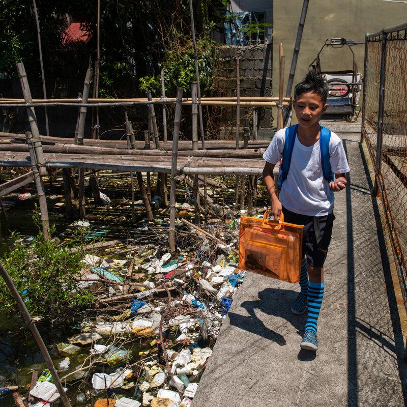 China Isn't Recycling Tons Of U S  Plastic Trash Anymore