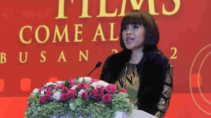 Thai Princess Registers To Run For Prime Minister, And Thai King Moves To Stop Her