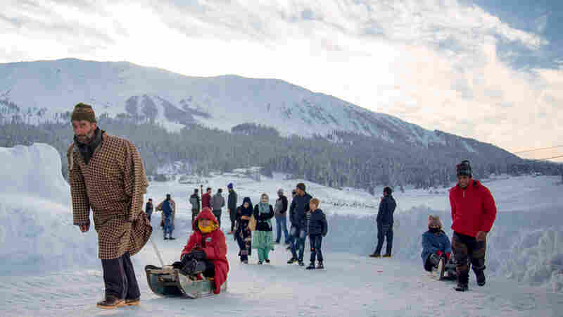 Surrounded By Military Barracks, Skiers Shred The Himalayan Slopes Of Indian Kashmir