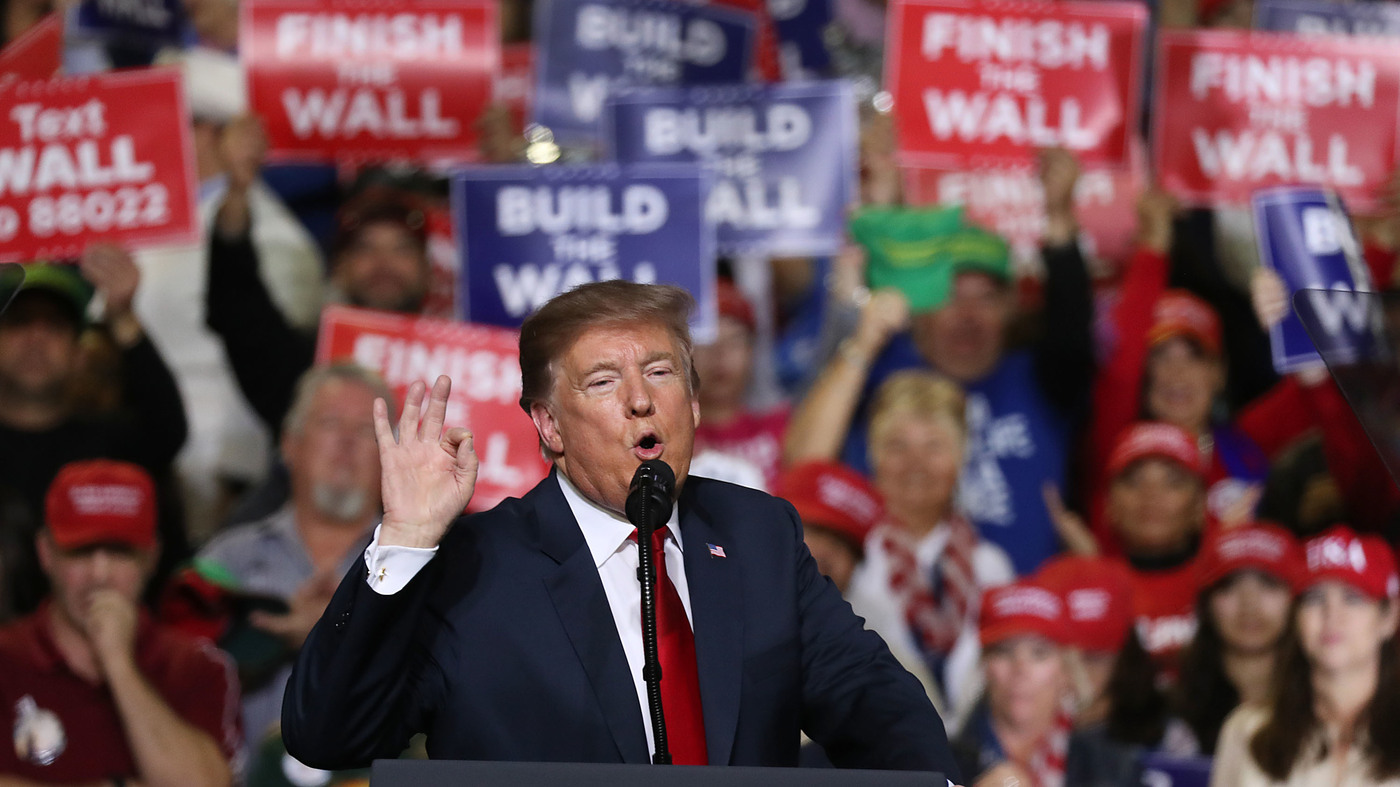 photo image Trump Took Fight For Border Wall To El Paso — Where O'Rourke Was Ready For Him