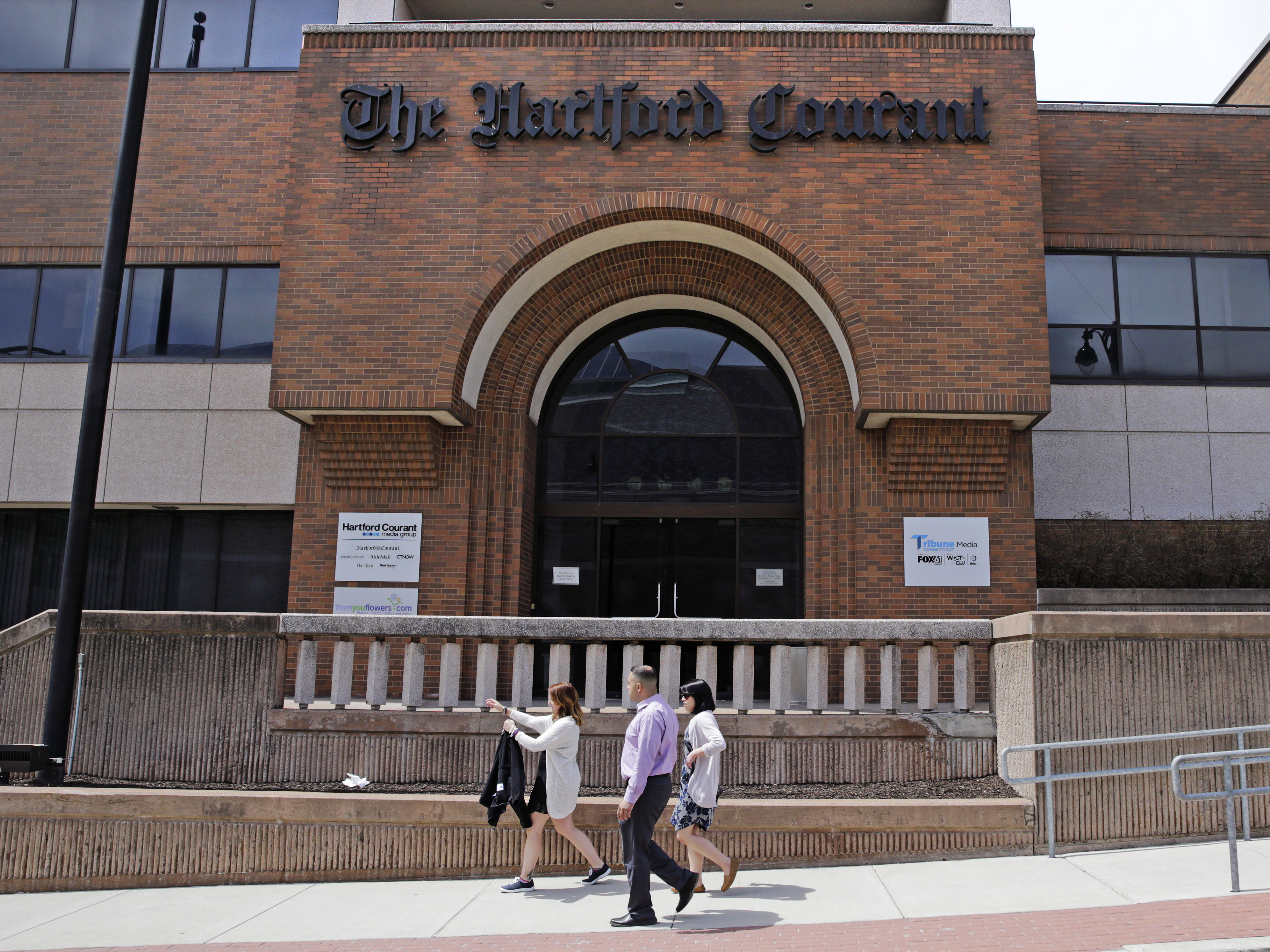 Tribune Publishing Recognizes 'Hartford Courant' Newsroom Union