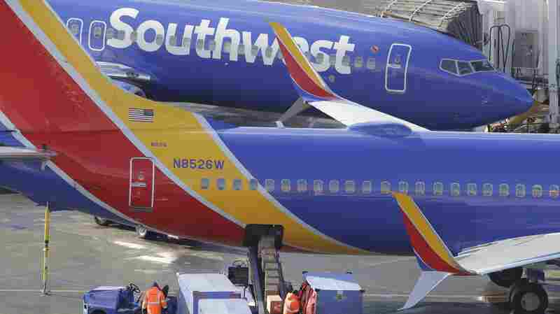 Southwest Grounds Planes, Blames Labor Dispute With The Union