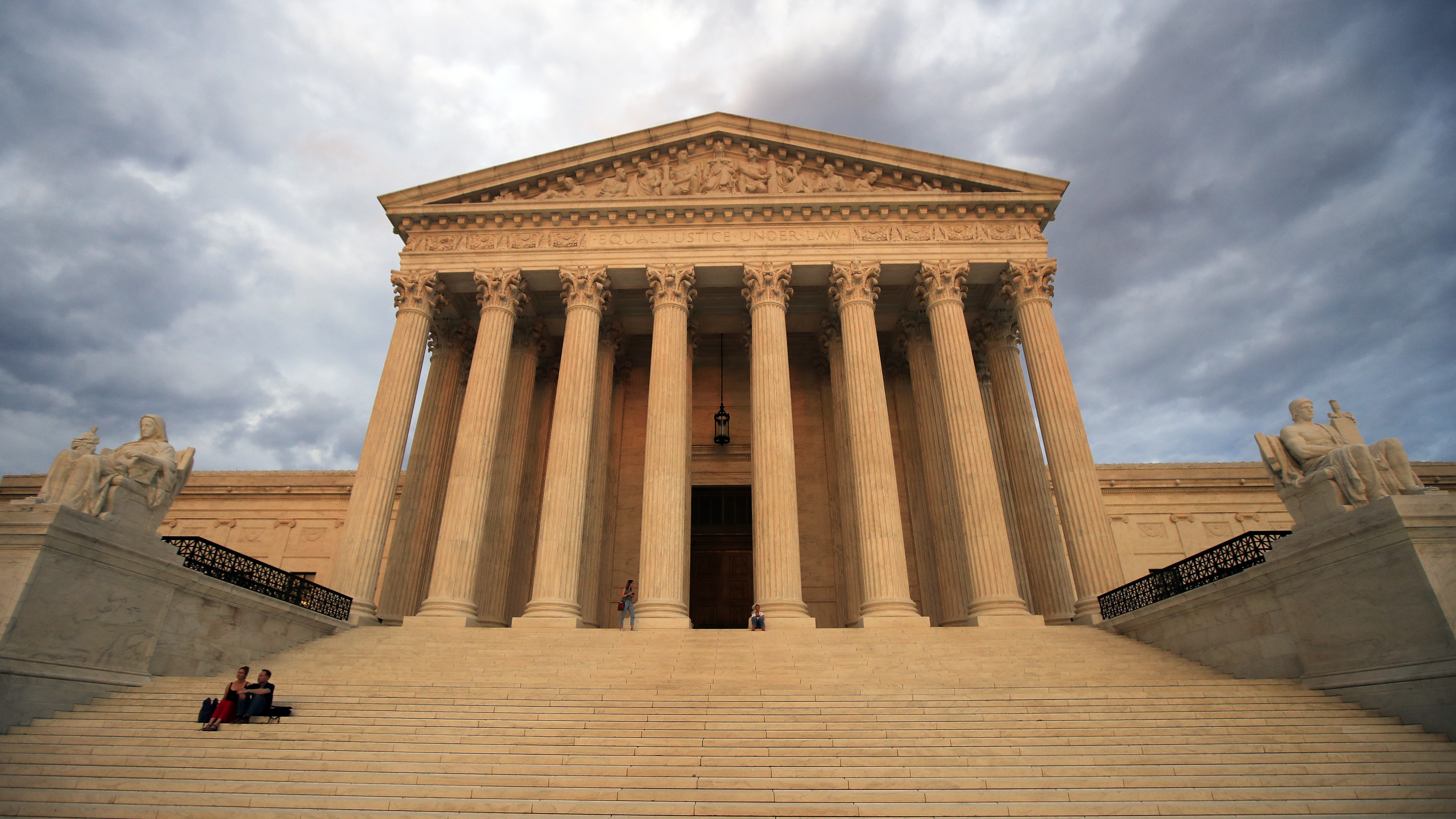Supreme Court Blocks Texas From Executing Mentally Disabled Man