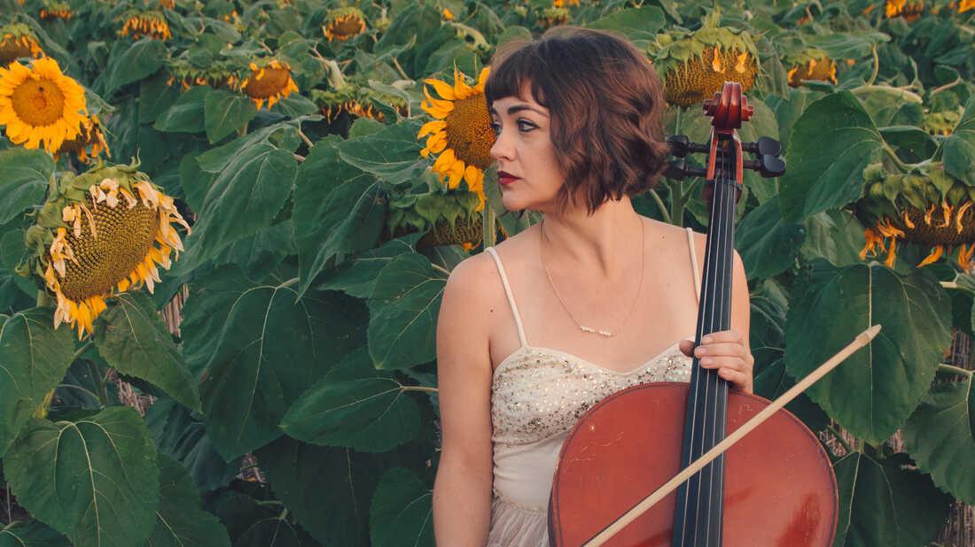 From The Lumineers To 'Rattlesnake' Kate, Neyla Pekarek Goes Solo