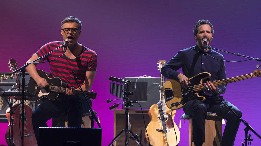 Flight Of The Conchords Reunite — Wit And Charm Intact — On 'Live In London'