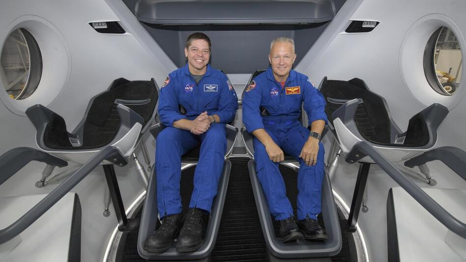 SpaceX readies for key test of capsule built to carry ...