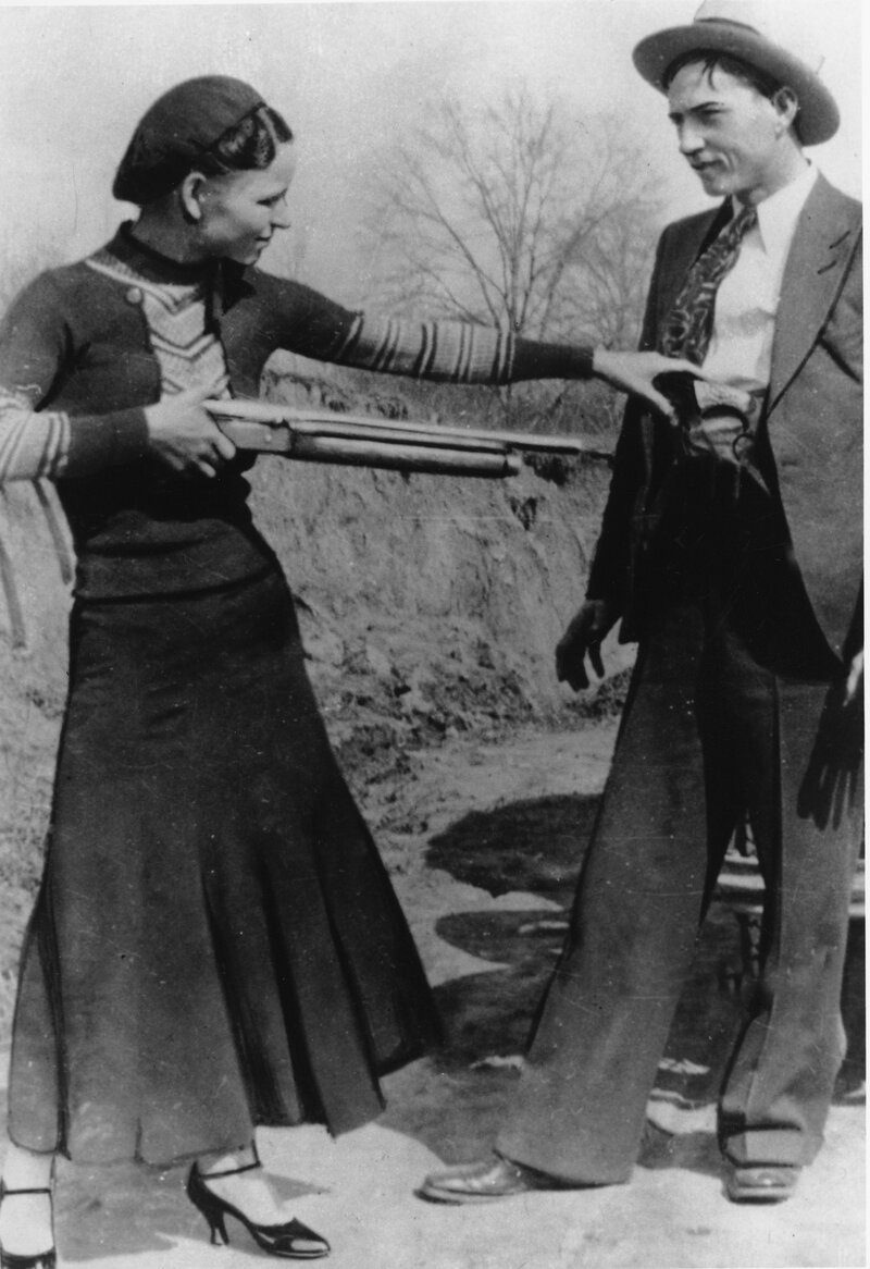 Heres The Story Of Bonnie And Clyde Gangster Duos Poems Go Up For Auction