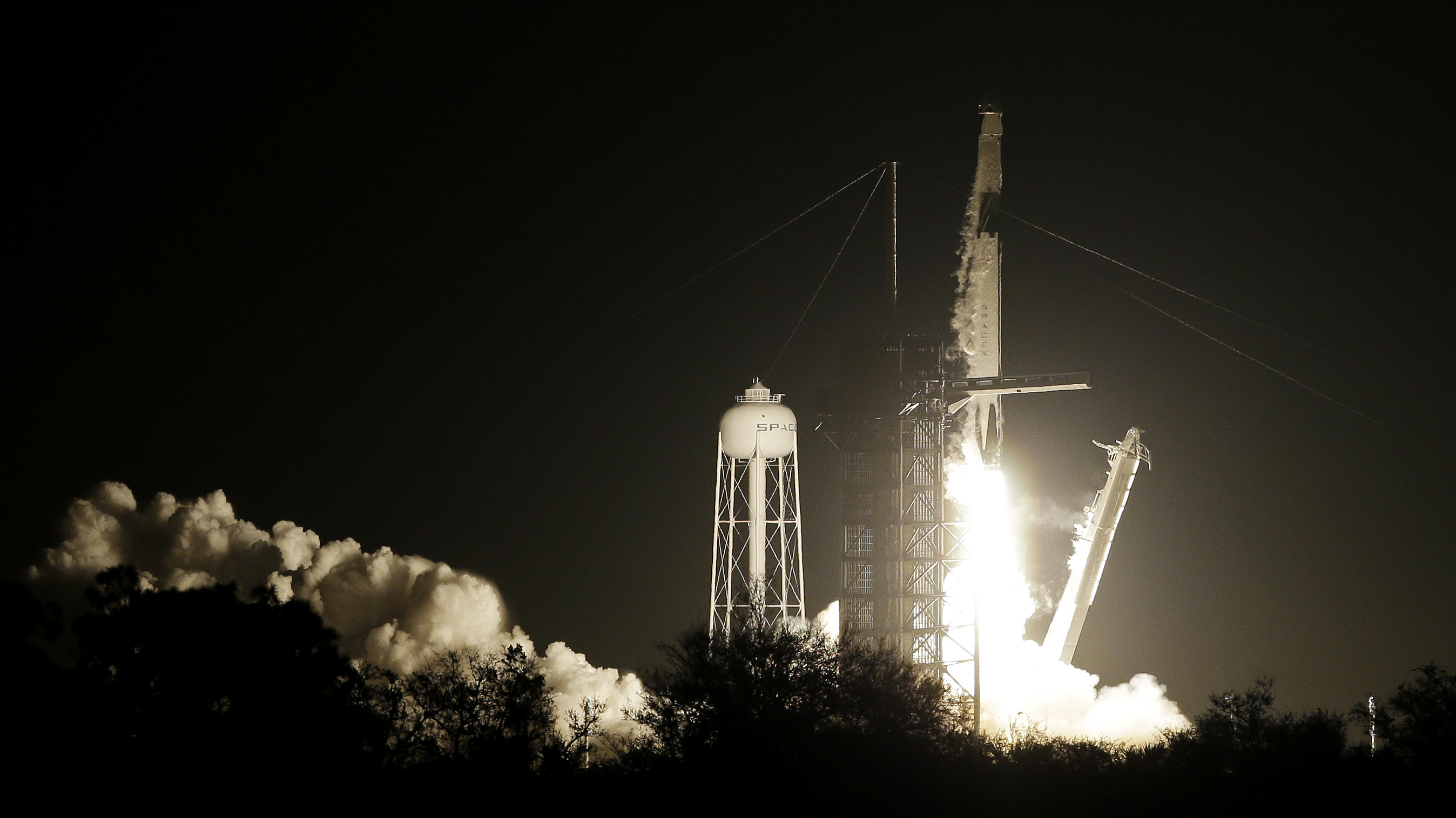 Space X Crew Capsule Reaches Space Station