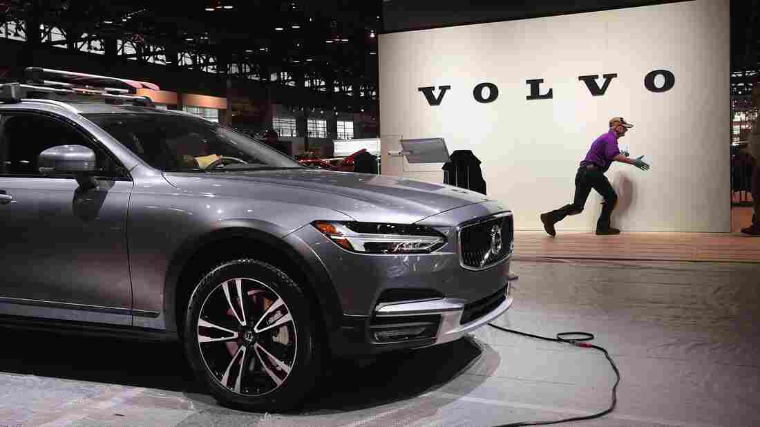 Volvo limits all vehicles to 112mph in bid to eliminate road deaths