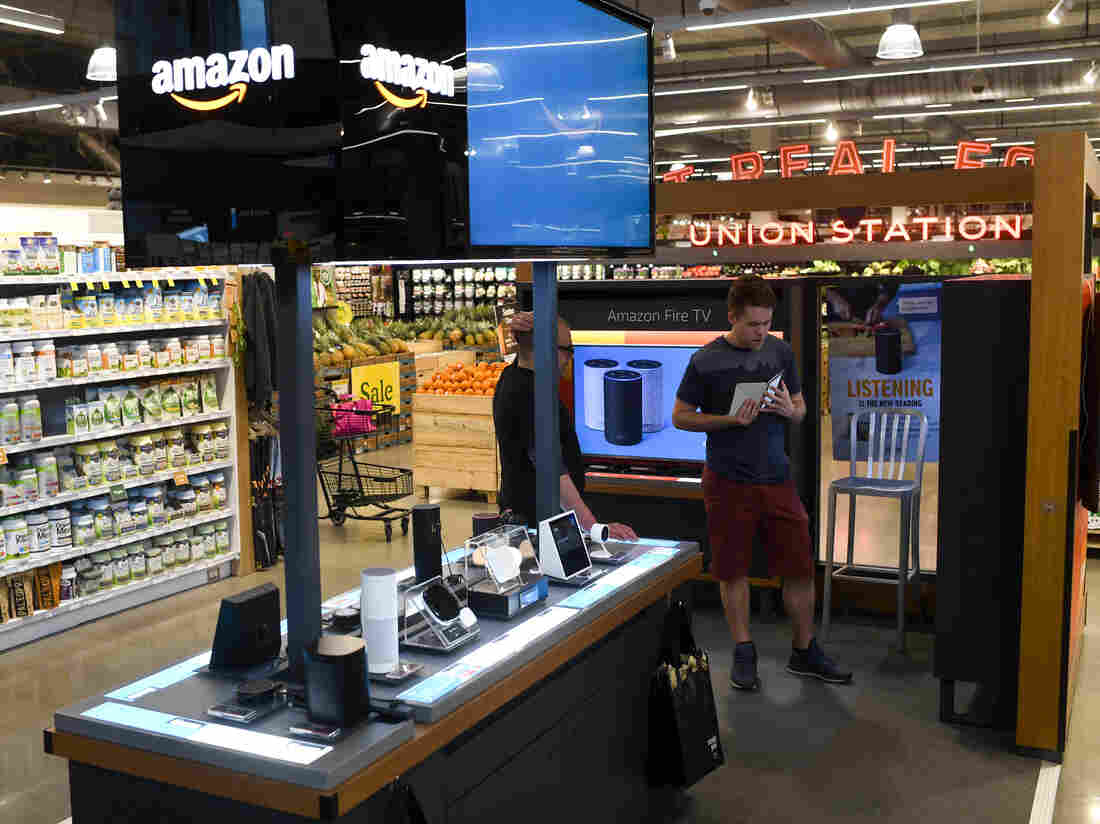 Amazon reportedly closing all of its US  pop-up stores; shares fall