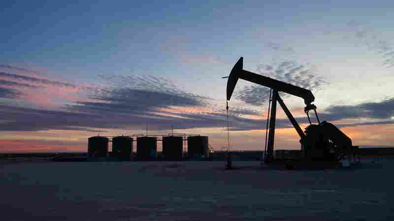 In Midst Of An Oil Boom, New Mexico Sets Bold New Climate Goals
