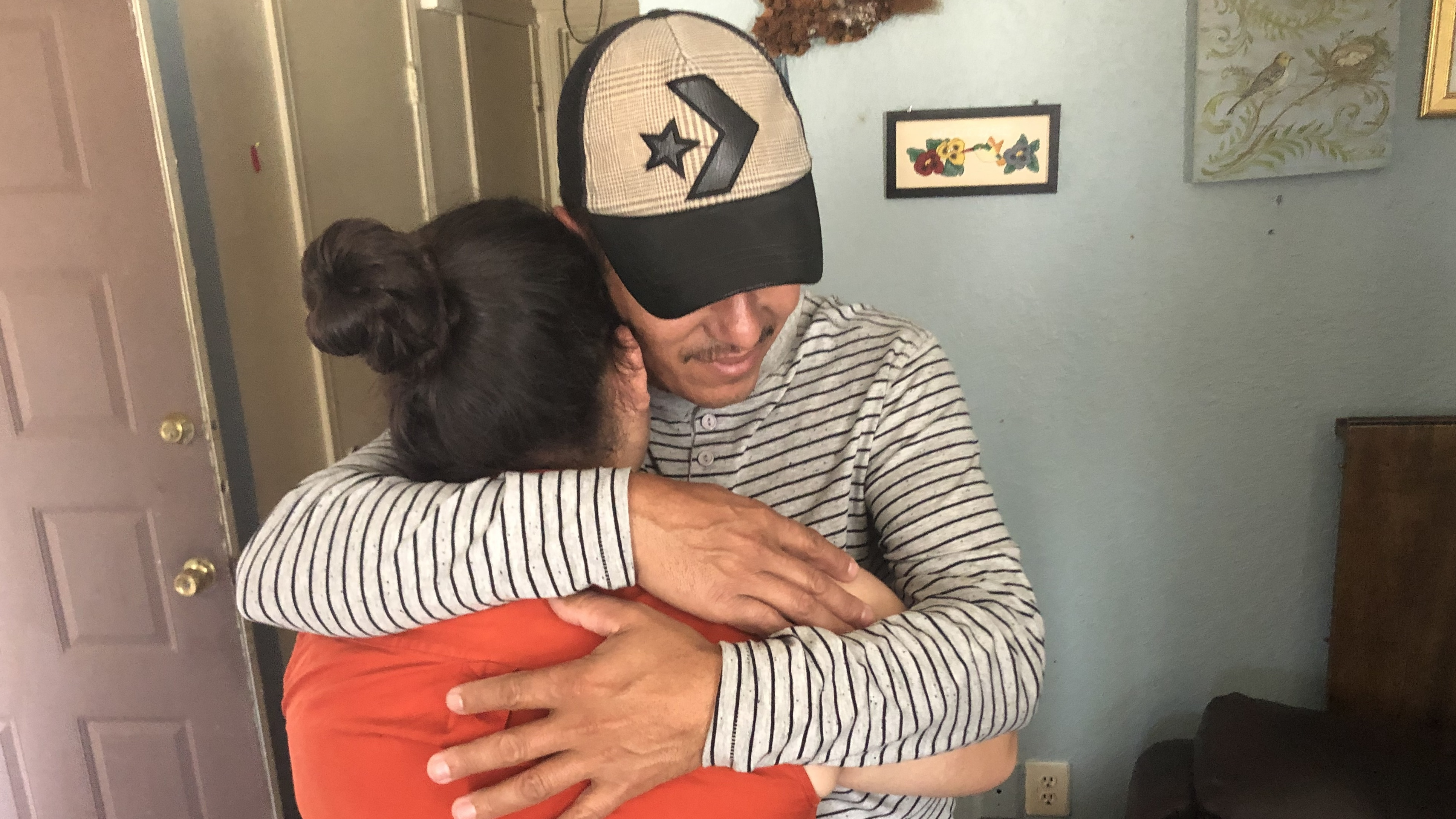 Image for A Honduran Father Is Reunited With His Daughter, 10 Months After Being Separated Article