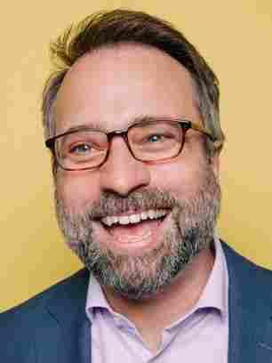 Robert Smith, NPR