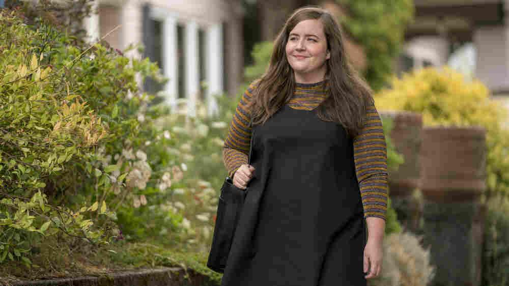 Fresh Air Weekend: Aidy Bryant; Priest-Turned-Professor Barbara Brown Taylor