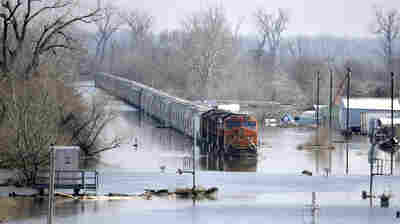 Major Flooding In The Midwest Leaves 2 Dead, 2 Missing