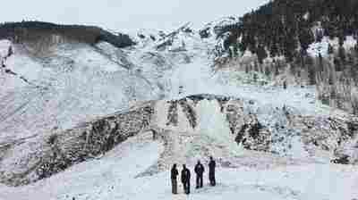 Avalanche Forecasters Say Rocky Mountain Region Now At Higher Risk