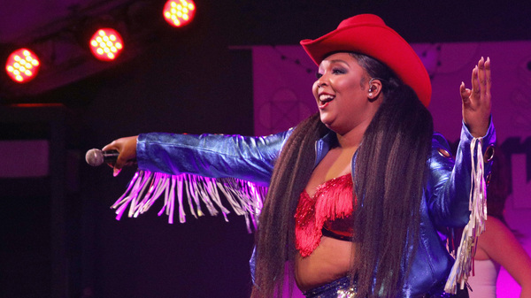 Lizzo And Missy Elliott Trade Off On The Scorching-Hot  Tempo