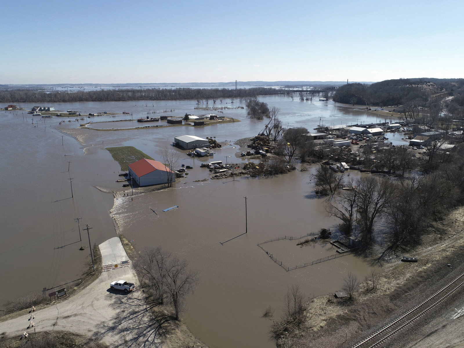 Midwestern States Struggling to Recover From Floods, Left Vulnerable to Coronavirus