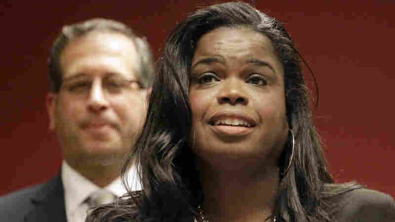 'We Cannot Be Driven By Emotions': Top Chicago Prosecutor Defends Smollett Decision
