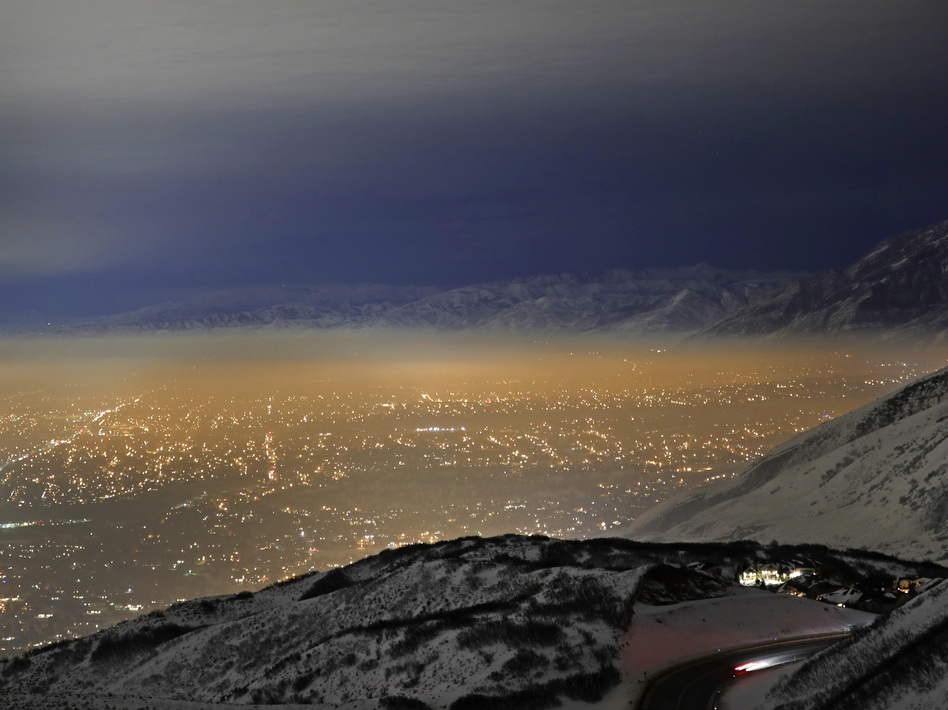 Smog fills Utah's Salt Lake Valley in January 2017. Winter weather in the area often traps air pollution that is bad for public health. (George Frey/Getty Images)