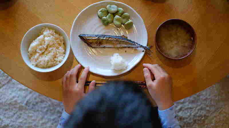 Eating Fish May Help City Kids With Asthma Breathe Better