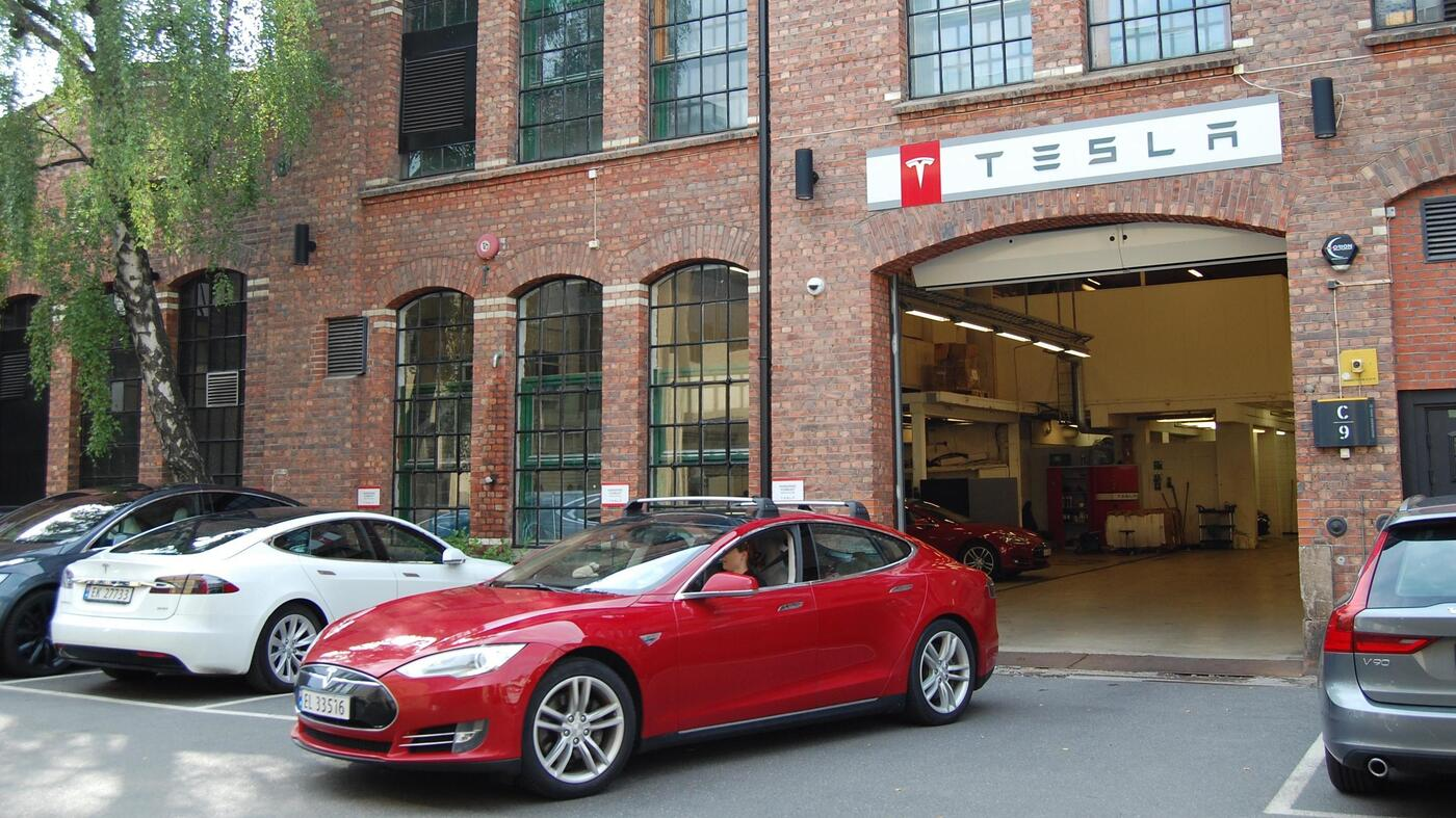 Electric Cars Hit Record In Norway, Making Up Nearly 60 Percent Of