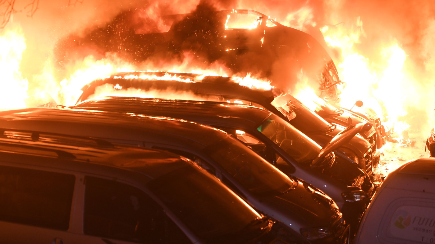 Wildfire Rips Along South Korea's Eastern Coast, Prompting