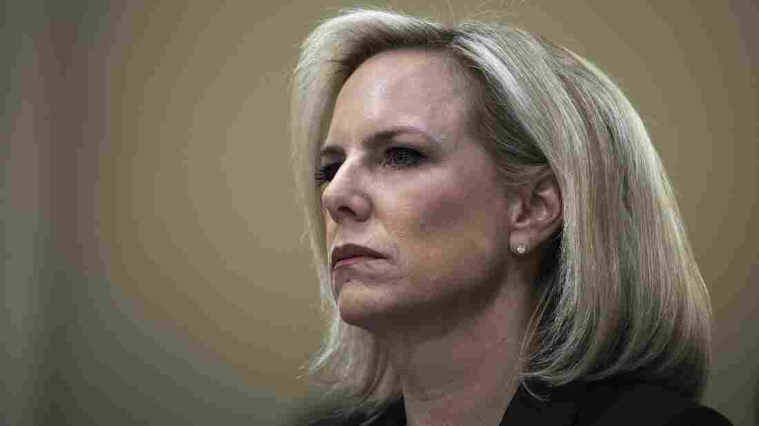 Nielsen opens new DHS campus on her last day