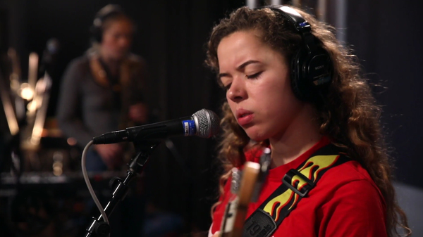 Nilüfer Yanya performing inside the World Cafe Performance Studio