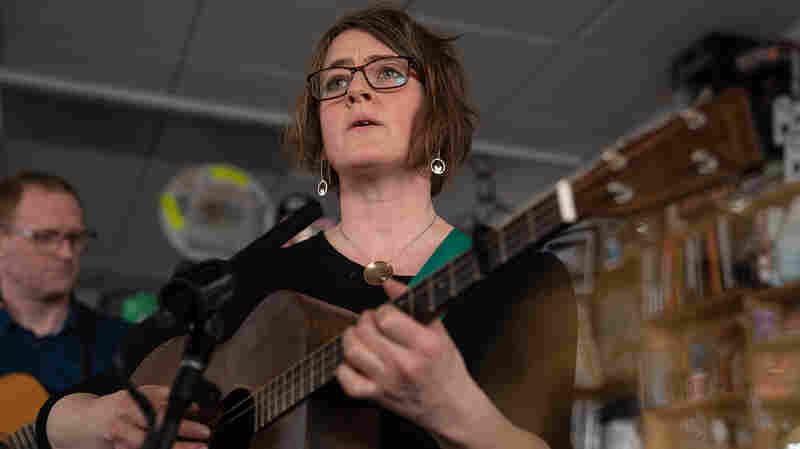 Karine Polwart Trio: Tiny Desk Concert