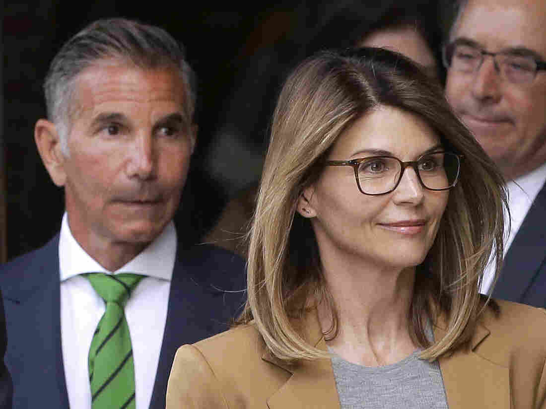 Lori Loughlin, Mossimo Giannulli Plead Not Guilty In College Cheating Scandal - NPR