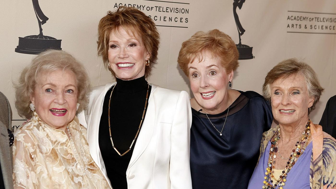 Georgia Engel Sweet Voiced Star Of Mary Tyler Moore Show Dies At 70 Npr