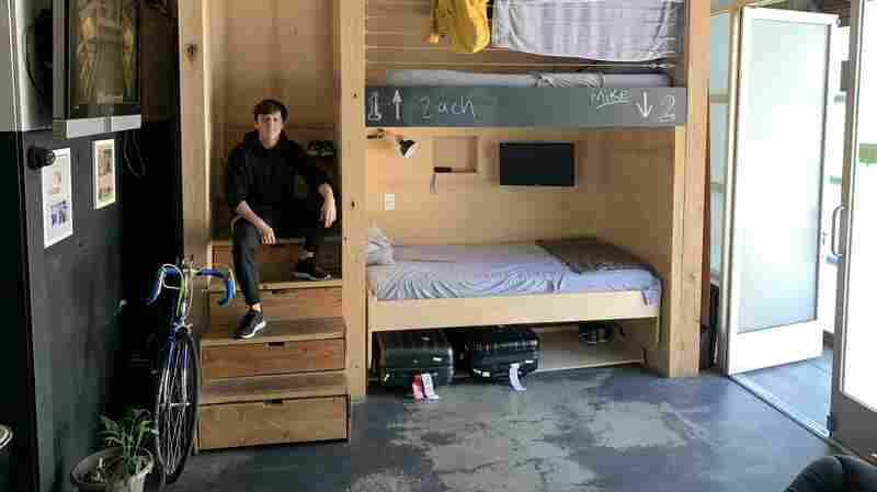 The Affluent Homeless: A Sleeping Pod, A Hired Desk And A Handful Of Clothes